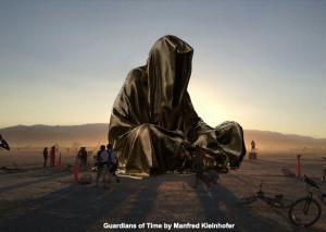 guardians-of-time-manfred-kielnhofer-3-d-art-monumental-large-scale-sculpture-statue-burning-man